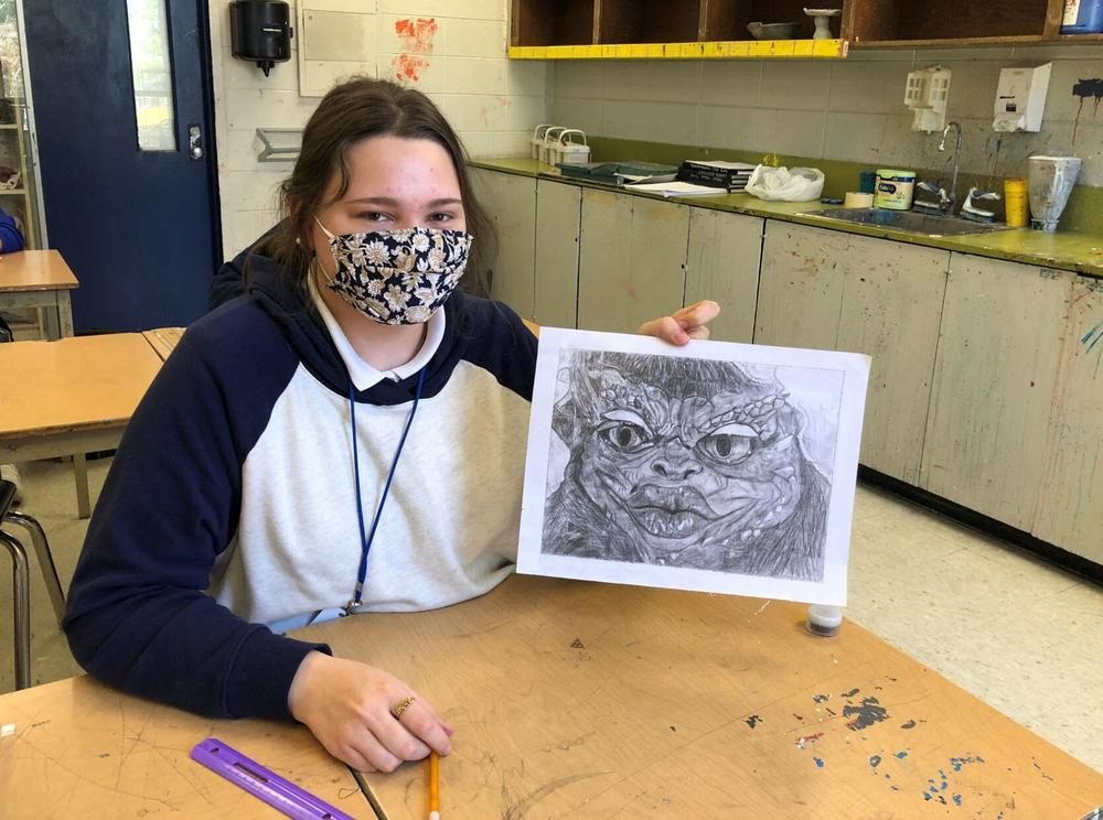 WFHS students work on hyper realism drawings in Art 2 class