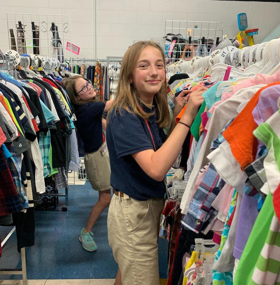 Junior Beta clubs students at West Feliciana Middle volunteer at Clothes Closet