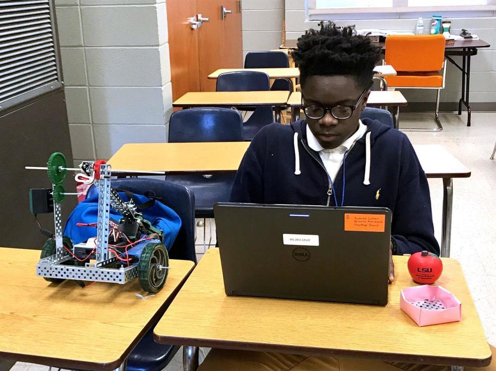 West Feliciana High School students get introduction to robotics