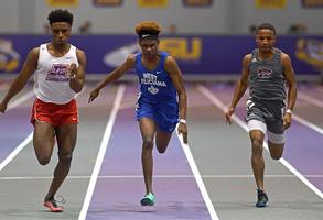 On track: West Feliciana's Kam Jackson focused on fast times, team titles for West Feliciana