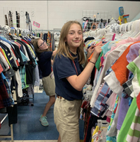 Junior Beta Club Students at West Feliciana Middle Volunteer at Clothes Closet